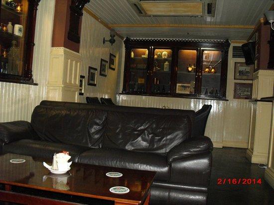 Portobello Hotel: pub