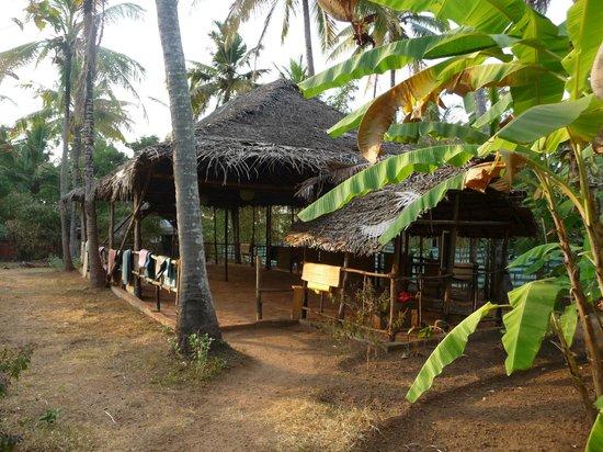 Sharanagati Yogahaus : Ruhiger Yoga-space im Garten