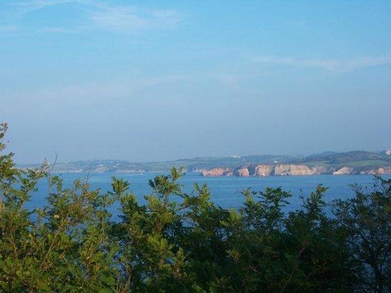 Faro de Higuer : vistas desd el faro (hacia Hendaya)