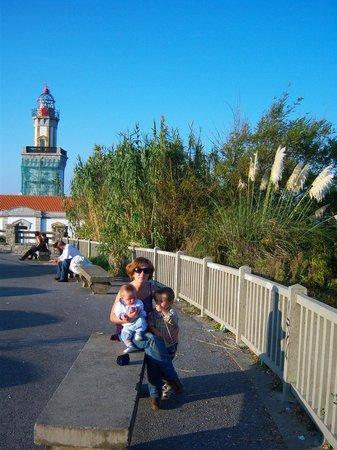 Faro de Higuer : que  bien se estaba en aquel puente dle Pilar