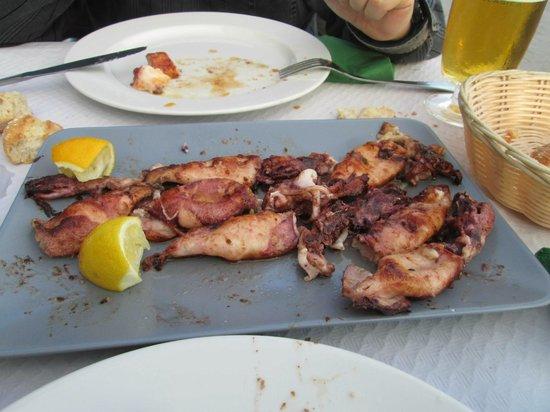 Restaurante El Muelle: Chipirones a la plancha