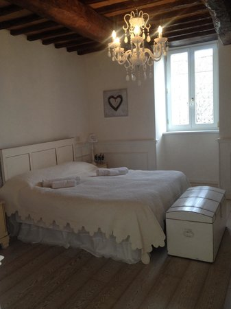 B&B Ripa Medici Rooms with a View : Charming bedroom!