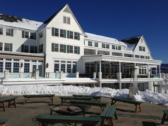 The Sagamore Resort: Historic building that houses the restaurant La Bella Vita