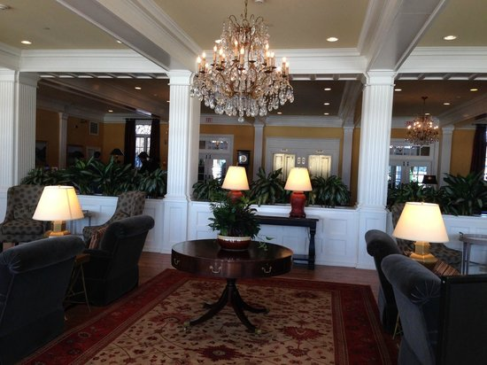 The Sagamore Resort: Lobby