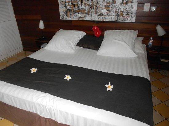 Iloha Seaview Hotel: chambre