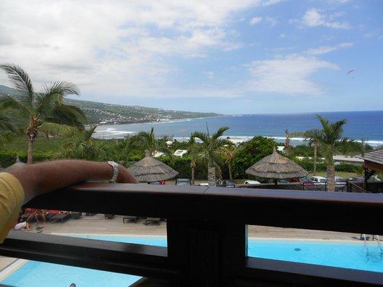 Iloha Seaview Hotel: vue depuis la trattoria