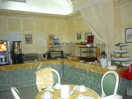 Hotel Virgilio: desayunador