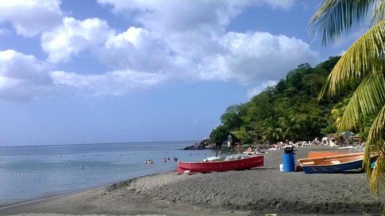 Titiwi Inn: Mero beach