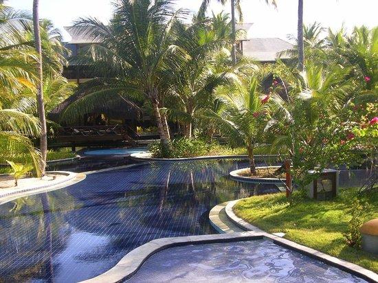 Nannai Resort & Spa: Piscina principal