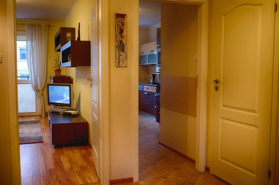 Neptun Park Apartments: NPVI