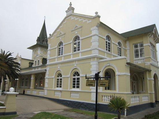 Swakopmund Hotel: Aujourd'hui, derrière