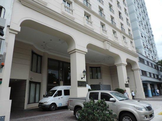 Scala Hotel Buenos Aires : Entrada do hotel