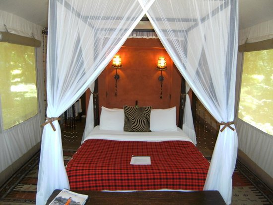 Fairmont Mara Safari Club: Tent interior
