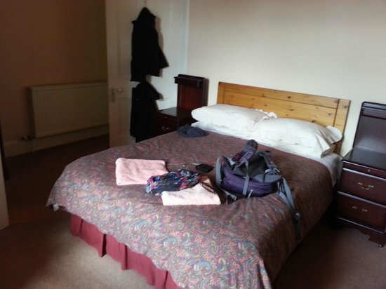 Ardgowan Bed&Breakfast : Zimmer mit großem Bett