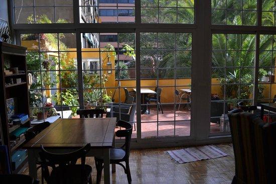 Casa Consell: Una mirada hacia la terraza