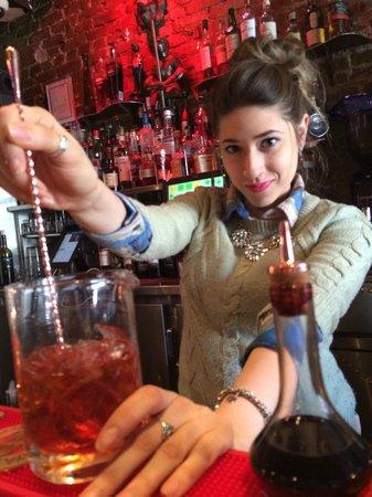 Ferro Bar & Cafe: Stirring up a delicious Negroni!