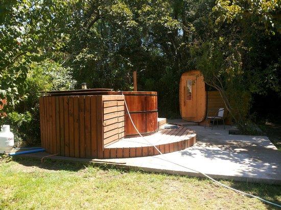 Hostal Aldea Del Elqui: Hot tub