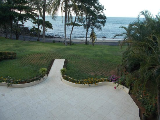 Bahia Pez Vela Resort: view unit 1 veranda