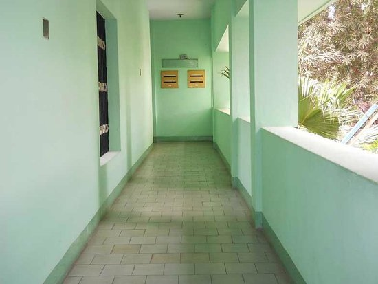 Hotel Valli: corridor