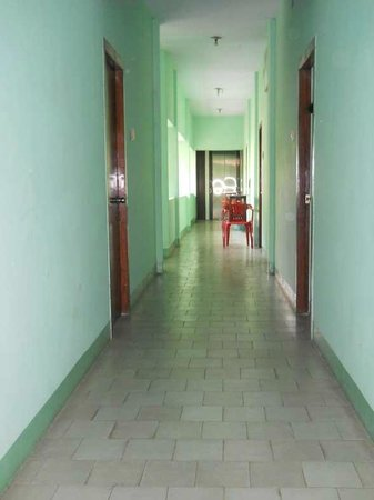 Hotel Valli : corridor