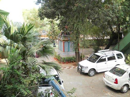 Hotel Valli : Parking