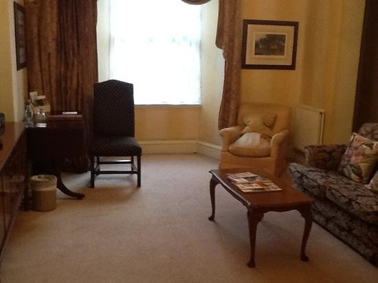 The Howard : Lounge area