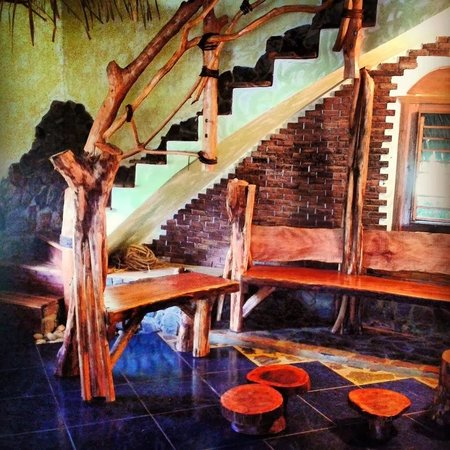 Chalet Tropical Village: Inside the House..stairwell