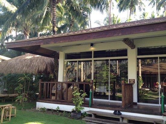 Cadlao Resort : Ipil room - Sea view bungalow