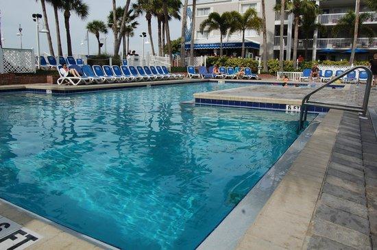TradeWinds Island Grand Beach Resort: Uncrowded, warm pool