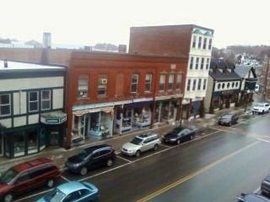 Lord Camden Inn : Downtown (from balcony)