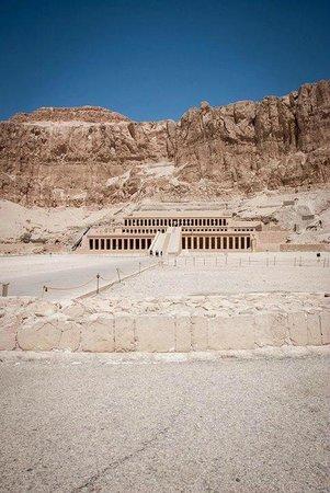 Templo funerario de Hatshepsut en Deir el Bahari: Temple