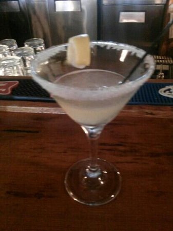 Magnolia Grill : Lemon Drop Martini Kelly Stevens made. Delicious!
