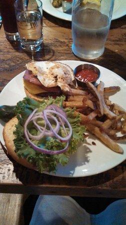 The Arlington: Arlington Breakfast Burger
