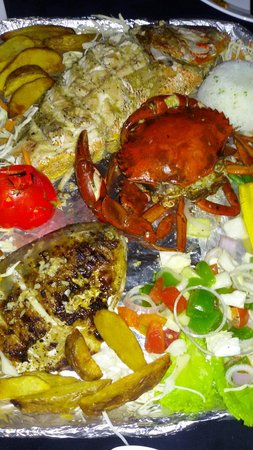 3D's Goa: Seafood plater.