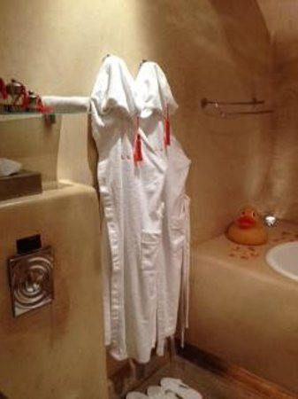 Maison MK: Bathroom