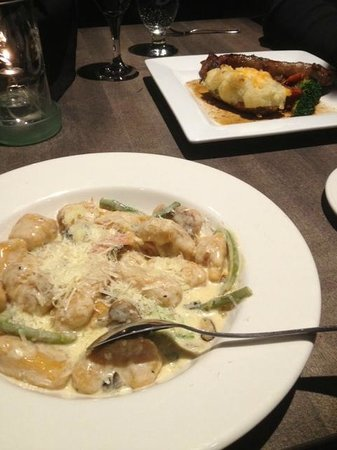 Traders Grill : Sweet potato gnocchi and steak for mains