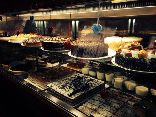 Cafe Bar Mandala: Tartas!!!!uh