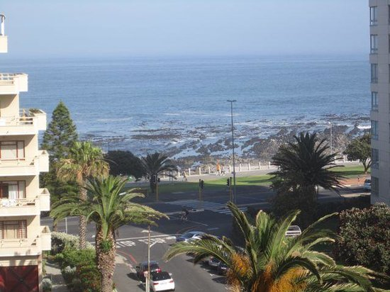 Protea Hotel by Marriott Cape Town Sea Point : sea point