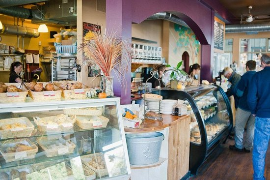 The Bakery: Breakfast, Lunch & Desserts