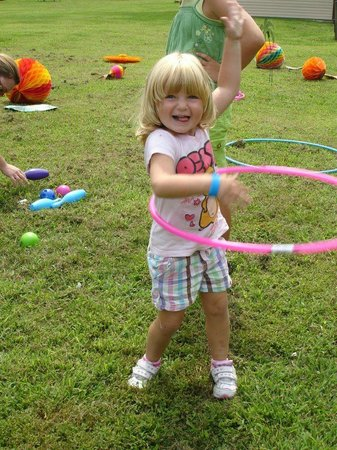 Deerpark / New York City NW KOA: Hula Hoop Fun!