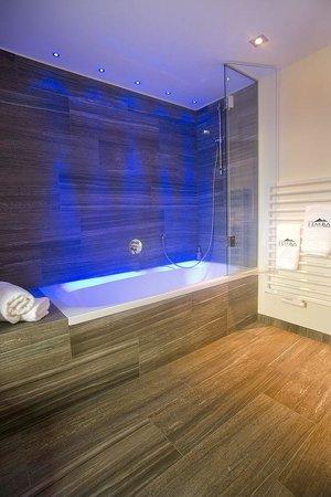 Hotel Garni Fimba: Badezimmer