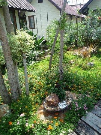 PP Casita: jardin luxuriant