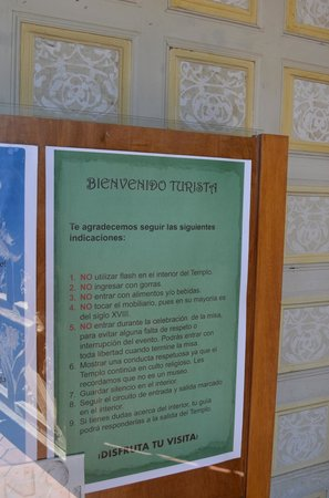 Templo La Valenciana : Letrero al visitante.