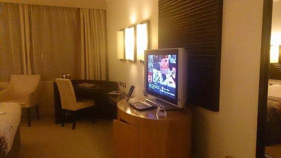 Cork International Hotel: TV écran plat avec pas mal de choix