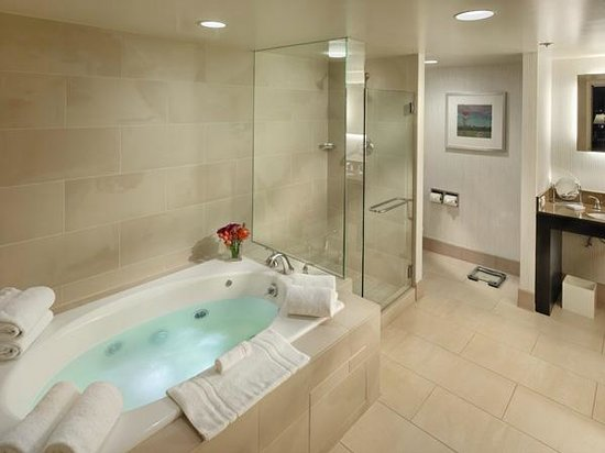 Hilton Parc 55 San Francisco : Suite Bath