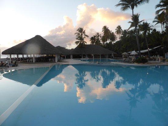 Dominicus Beach: piscine à 7h00 du mat