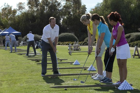 Oak Creek Golf Club: Women's Clinics with Head Golf Professional