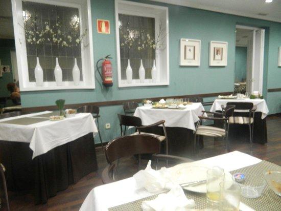 HOTEL OPERA : Comedor