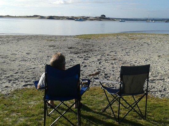 Mangawhai Heads Holiday Park: Morning coffee on the beach..superb!