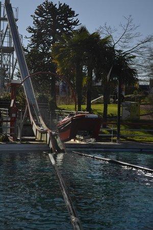 Futuroscope: le toboggan bateau du monde de enfants